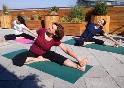 ranní jóga v KPMG